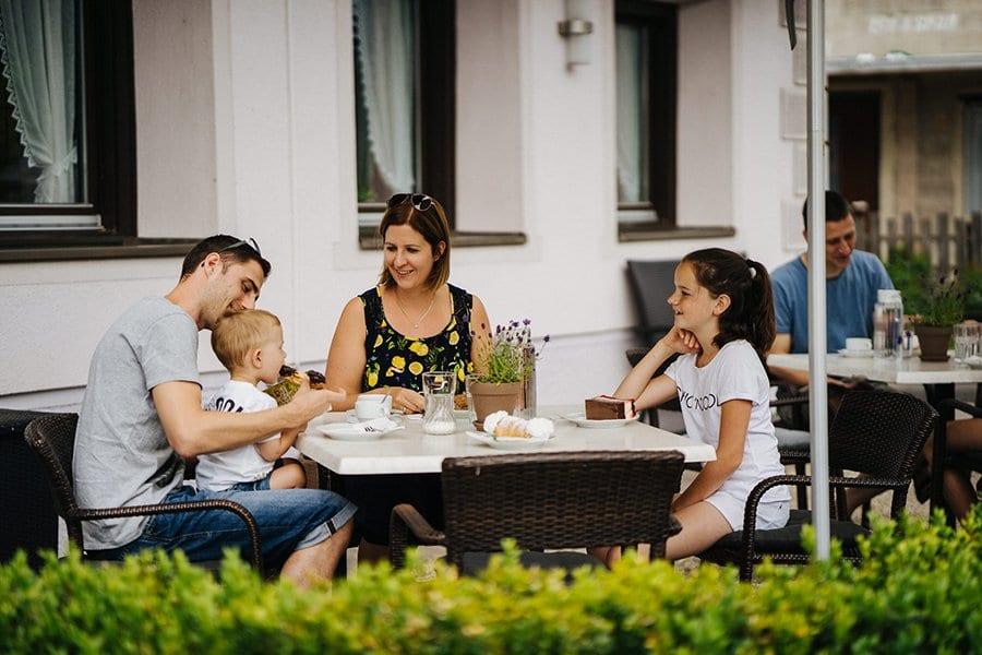 Weissensee-Hoffmann-Kinder-Natursee-Familienurlaub-Essen