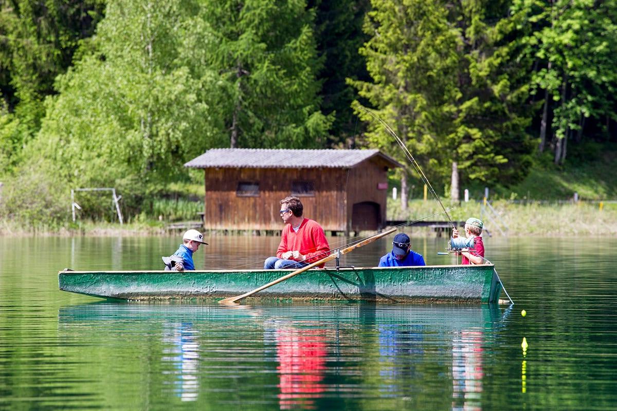 Ferienhof-Hoffmann-Fischen-mit-Kindern